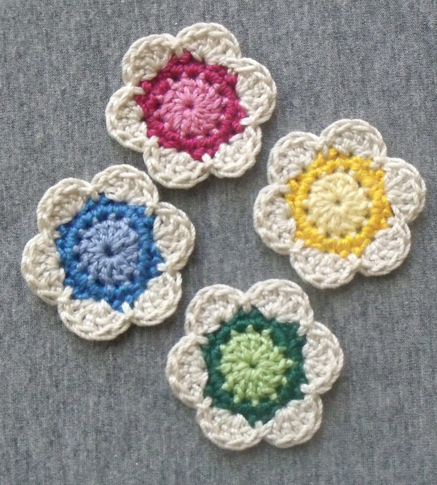 Crochet Flower Pattern Pictures : 10 Adorable Crochet Flowers Beautiful Crochet Stuff