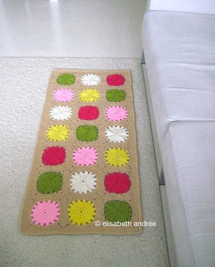 small crochet rug