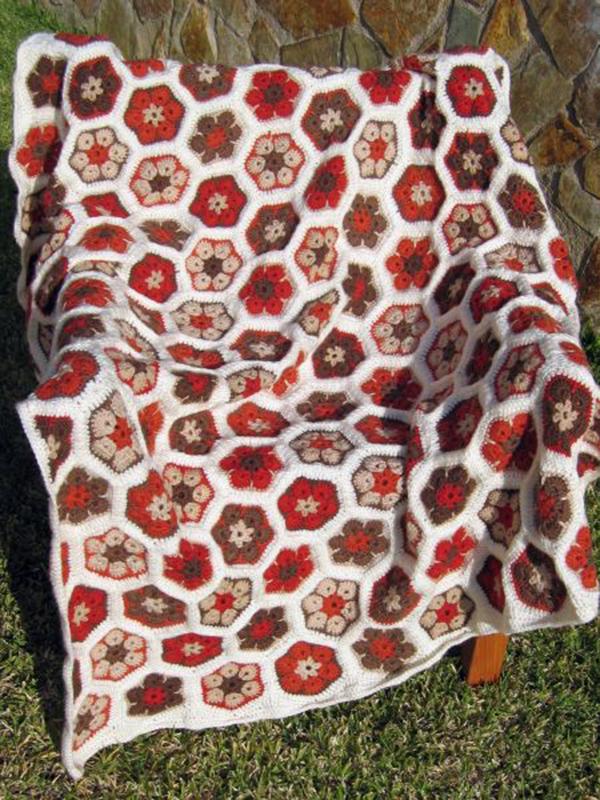 African flower pattern beautiful crochet stuff - Mantas a crochet ...