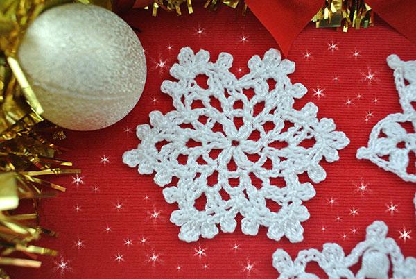 christmas-snowflakes free pattern