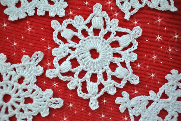 Free Crochet Pattern Snowflakes Ornament : 5 Free Crochet Snowflake Patterns Beautiful Crochet Stuff