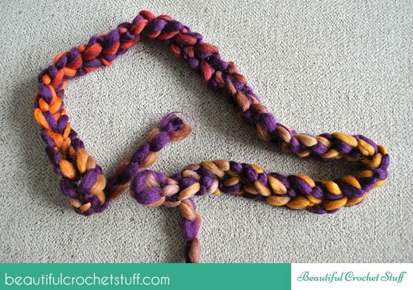 Free Finger Crochet Scarf Pattern | Beautiful Crochet Stuff